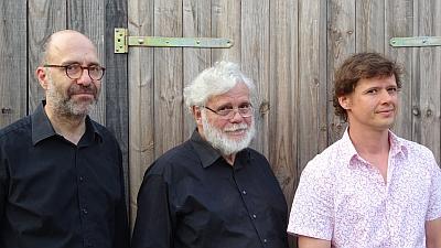 Pressefoto LowEndTrio: Björn Lücker, HE Gödecke, John Hughes